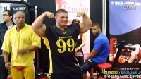 【豹哥健美】Alexey Lesukov在2011FIBO世界健身大会上与粉丝互动