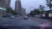 2015年5月6日,庆隆苑俞家圩路,浙A526FA红色马自达违章。