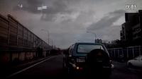 实拍 台湾女司机被路怒男子疯狂砸车
