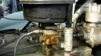 起动解放CA10B发动机