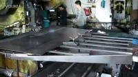 40吨的数码冲床冲压钢板