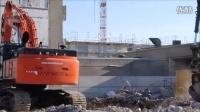 沃尔沃 EC460 和日立 Zaxis 470 挖土机