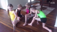 SPLITS CLASS (how to do the splits TUTORIAL for young girl and boy beginners)