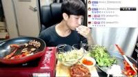 加群453074250——吃出个未来·韩国女主播吃货男主播吃饭直播真的是什么都吃,大胃王减肥美食视频美食人生大学生做菜20_高清