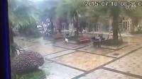 在温州的朋友求转发[抱拳]!照片中的人是我朋友的妈妈在今天早上9:30左右从上吕浦走失家里人十分着急13857707087