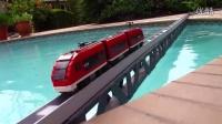 水上蜿蜒的小列车