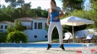 这舞步 配合这电音 关键还是女dancer_www.toohiphop.com