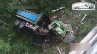 监控实拍:海口琼州大桥 重型卡车失控冲下大桥 司机危在旦夕...