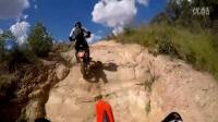 交叉式训练----错综复杂的上坡骑行技术