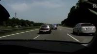 高速路上激情演绎