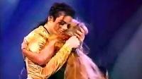 【崇敬的顺】迈克尔杰克逊与歌迷感人瞬间