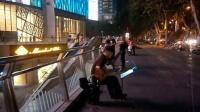 吉他指弹练习 TONY大叔 南京 玄武门 金茂广场 人行道 151014WED (2)