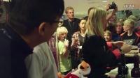 丹麦羽毛球超级赛 林丹与粉丝庆祝生日