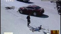 云南:骑摩托不戴头盔 一男子被撞身亡 都市热线 151016