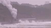 转: 滨海铁路。 Dangerours & Breathtaking Train Route on Earth