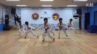中国龙英~龙拳小子!在韩国虎队跳的跆舞BTS - 男子汉