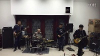 Fade To Black乐队排练4分钟时有亮点!主唱开挂施展绝技!