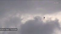 枭龙几近垂直起飞-巴黎航展飞行表演