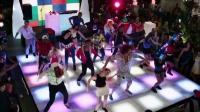 【猴姆独家】Redfoo献唱《鼠来宝4》主题曲Juicy Wiggle歌词字幕mv!