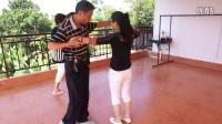 我们在练习交际舞