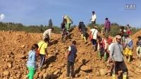 赌石之家:2015年12月缅甸翡翠矿区,摩弯基场口(捡石现场)