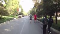 一群在中国留学的老外北京大学游