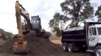 卡特彼勒 320 挖掘机