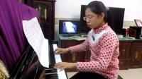 十二岁小女孩方宇佳 演奏钢琴曲《童年》学习演练中