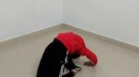 十二岁小女孩方宇佳舞蹈动作基本功练习(弯腰动作)