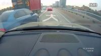 大众轿车违法超车被比亚迪唐撞飞360度旋转飞出30米
