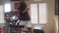 麦迪最新ins的跑步视频,姿势大赞!