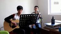 跟超爱唱歌的同学来一首《再见》!