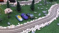 【奇趣箱】托马斯小火车化身恐龙战车,带着赛车总动员小汽车调整凶猛大恐龙。