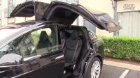 Tesla Model X 针对鹰翼门的软件更新 [HD]