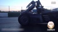 还记得去年Gumbal 3000上的那辆蝙蝠侠之车么?