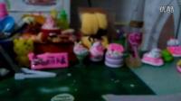 粘土跟我分享!!星期六星期天跟夜萝莉娃娃哦!!和朋友交换的礼物。到时候会发水晶奶油土地教程!!赶快订阅我到时候可以抢先看!!!