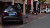 """玉访谈视频第26期: """"小香港""""瑞丽翡翠街的奔驰宝马和""""贫民窟"""""""