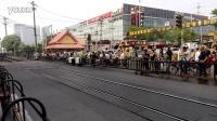 客车4722次通过五道口去北京北站方向