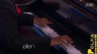 非裔钢琴神童一曲终罢 全场起立鼓掌