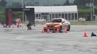 新车评网对比宝马M2视频