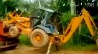 看高手怎么玩水上挖掘机