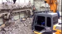 加滕HD513-5挖掘机在拆迁