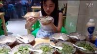 中国大胃王密子君(10碗羊杂汤)最后还吃了一碗豌杂面,吃播吃货美食!