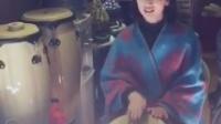 丽江美女非洲鼓手鼓美女丽江夏夏夏薇小宝贝一瞬间丽江小倩原创音乐
