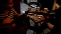 160822MON 象牙果咖啡 老弟兄 吉他二重奏 弹唱 南京 上海路 金银街 (10)