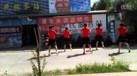 张炉集镇花园村广场舞(等到山花开)