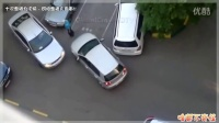女司机惊人的驾驶技术全合集!
