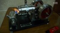 水冷式大缸径双飞轮单缸真空吸火斯特林发动机模型