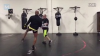 UFC 安德森席尔瓦备战Uriah Hall 训练集锦