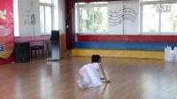 西平小学学生独舞